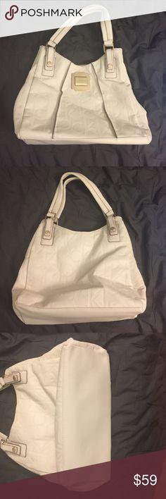 White Calvin Klein Bag Used a couple times, like new Calvin Klein Bags Hobos