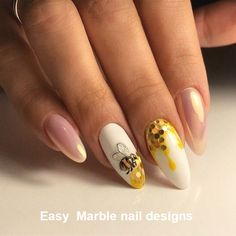 Semi-permanent varnish, false nails, patches: which manicure to choose? - My Nails Marble Nail Designs, Pretty Nail Designs, Nail Art Designs, Design Art, Bling Nails, Gold Nails, Glitter Nails, Stiletto Nails, Coffin Nails