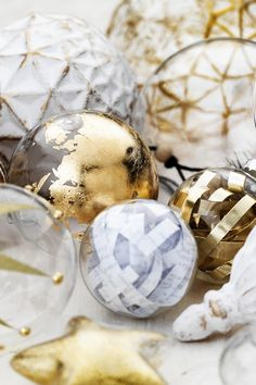 Glass Ornaments www.pandurohobby.com Christmas Decor by Panduro #christmas #decoration #DIY #ornaments #scandinavian #nordic #jul #julkulor #julpynt