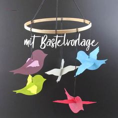 Tinker baby mobiles with little birds [Bastelvorlage & Plotterfreebie] - Gift for birth: self-made baby mobile. I cut out the little birds and attached them to a wooden rin - Homemade Baby Mobiles, Mobil Origami, Diy For Kids, Crafts For Kids, Cool Baby, Paper Mobile, Baby Clothes Storage, Diy And Crafts, Paper Crafts
