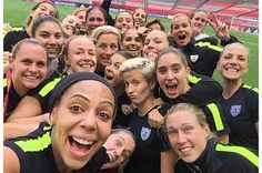 Last practice selfie. Tomarrow we battle Japan for place in the Women's World Cup in Vancouver, Canada. LET'S GO USWNT! Girls Soccer Team, Usa Soccer Team, Us Soccer, Team Usa, Soccer Players, Football Soccer, Soccer Stuff, Soccer Goals, Soccer Pics