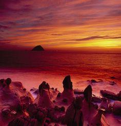 Seashore Rocks upon Sunrise by telewd on 500px