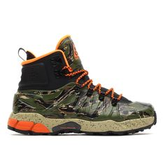 NIKE / ZOOM MW POSITE (BLACK/TOTAL ORANGE-BAMBOO-LGN GREEN)