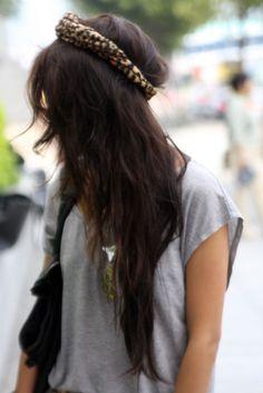 Headband.
