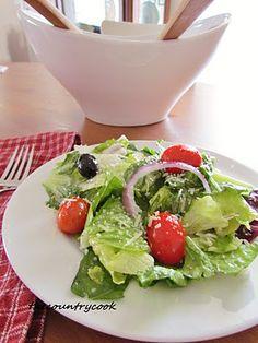 Olive Garden Salad Dressing -- wow MAMI!! mira, lo que mi amiga acaba de poner en Pinterest-- que coincidencia. Es como si tu la hubieras escrito-- mirala!