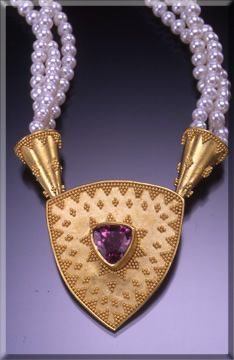 Jill Hurant - Fine Hand Crafted work in 22k Gold - Galleries -Necklaces