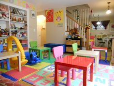 Want to develop home daycare service? If this is what you want to do then you will need to set home daycare business plan. Of course you cannot simply create it but need to consider about several impo Daycare Setup, Daycare Design, Daycare Organization, Kids Daycare, Daycare Ideas, In Home Daycare, Classroom Setting, Classroom Decor, Opening A Daycare