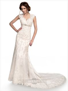 Cap Sleeves Sweetheart Scalloped Neckline Beaded Lace Wedding Dress with High Keyhole Back
