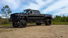 Inspirational solutions that we are fond of! Lowered Trucks, Jacked Up Trucks, Dually Trucks, Gm Trucks, Diesel Trucks, Cool Trucks, Pickup Trucks, Lifted Dually, Denali Truck