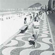 Loura em Copacabana