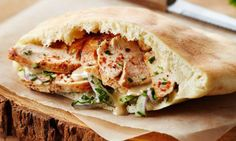 Ce sandwich du Moyen-Orient est un favori des québécois. Faites-le à la maison pour le diner ou le souper à n'importe quel moment de l'année.