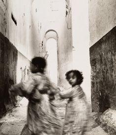 Irving Penn :: Running Children, Morocco, 1951. Gelatin silver print.