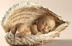 A beautiful gift to express your heartfelt sympathy for the loss of a child. The sleeping child is held gently and safely in the wings of angels. Ideal to display in the room of the child who passed away or in a memorial garden. When words can not describe your sympathy, this lovely keepsake can express it for you. The verse of the sleeping child says: Heavenly angels sent from above, keep you from harm, wrap you in love. A beautiful verse to remember the life of a beautiful child.