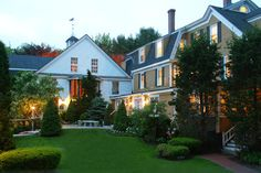 Enjoy a weekend stay for 2 at The White Barn Inn in Kennebunkport, Maine and choose among the Main House, The Garden, or Waterfront Cottages accomm. New England Travel, New England Style, Beautiful Homes, Beautiful Places, Simply Beautiful, Kennebunk Maine, Maine Road Trip, Kennebunkport Maine, East Coast Travel