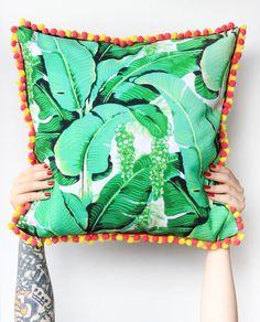 DIY No-Sew Pom Pom Pillow