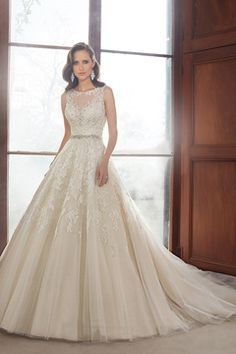2015 Scoop A Line Wedding Dresses Tulle With Beading And Applique US$ 269.99 LDPRXK3LR6 - LovingDresses.com