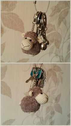 amigurumi crochet sheep keychain