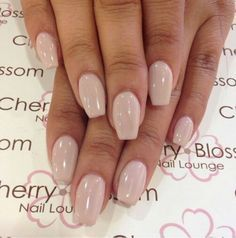 If you don't like fancy nails, classy nude nails are a good choice because they are suitable for girls of all styles. And nude nails have been popular in recent years. If you also like Classy Nude Nail Art Designs, look at today's post, we have col Diy Nails, Cute Nails, Pretty Nails, Fancy Nails, Acrylic Nails Natural, Acrylic Nails Almond Short, Nails Kylie Jenner, Coffin Shape Nails, Coffin Nails Short