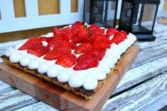 Strawberry-Marzipan Cake