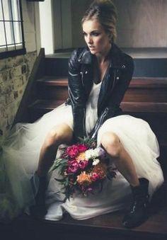 62 Awesome Rock Wedding Ideas That Inspire | HappyWedd.com