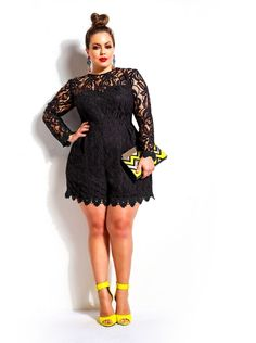 Wondering where to buy a plus size romper?Dear-Lover Plus Size Long Sleeve Lace Romper is the most ideal choice for full-figured ladies. Plus Size Romper, Plus Size Dresses, Plus Size Outfits, Xl Mode, Mode Plus, Curvy Girl Fashion, Look Fashion, Plus Size Fashion For Women, Plus Fashion