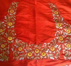 Simple Blouse Designs, Silk Saree Blouse Designs, Bridal Blouse Designs, Blouse Neck Designs, Blouse Patterns, Embroidery Neck Designs, Embroidery Suits Design, Embroidery Works, Embroidery Blouses