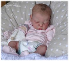 *SUGAR PLUM NURSERY* Reborn baby girl doll - ERIN by ADRIE STOETE