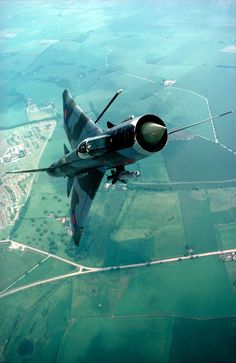 The English Electric Lightning is a supersonic jet fighter aircraft of the Cold War era, noted for its great speed. It is the only all-British Mach 2 fighter aircraft and was the first aircraft in the world capable of supercruise. Military Jets, Military Aircraft, Air Fighter, Fighter Jets, V Force, Mig 21, Aircraft Design, Jet Plane, Special Forces