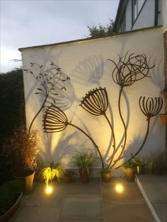 Angie Lewis inspired sculpture by Alan Ross Art in - Murales Pared Exterior Outdoor Art, Outdoor Walls, Outdoor Decor, Modern Outdoor Wall Art, Outdoor Wall Decorations, Patio Wall Decor, Outdoor Metal Wall Decor, Outdoor Wall Fountains, Outdoor Shelves
