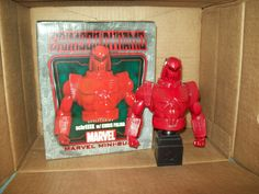 Bowen busts Crimson Dynamo #750/2500 Iron Man