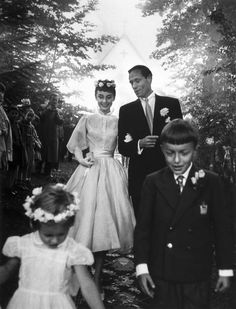Ernst Haas, Audrey Hepburn and Mel Ferrer, 1954. photo for auction on Paddle8
