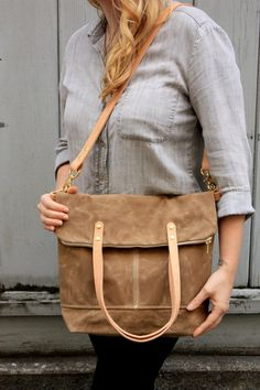 low priced 075eb 170cc Pisgah Fold-Over Tote in Desert with Veg Tan Straps