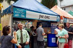 Miami Florida USA. - International Book Fair - Sharing God's Word of Hope for mankind. - JW.org
