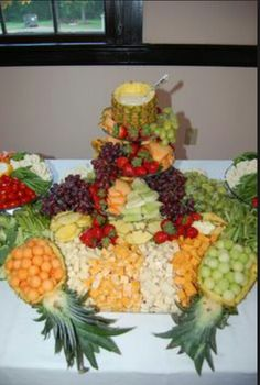 What fruit tray??