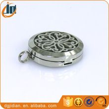 Stainless steel perfume locket aromatherapy essential oil diffuser necklace