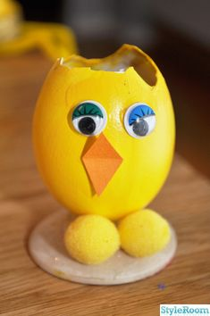 Rubber Duck, Piggy Bank, Tweety, Toys, Character, Taj Mahal, Decorated Flower Pots, Easter, Activity Toys