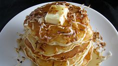 White Chocolate Coconut Pancakes Sounds so yummy! Chocolate Pancakes, Pancakes And Waffles, Fluffy Pancakes, Breakfast Time, Breakfast Recipes, Breakfast Ideas, Coconut Pancakes, Chocolate Morsels, Toasted Coconut