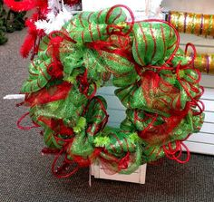 Deco Mesh Wreath How To | Dallas Holiday Lighting, The Outdoor Lighting Expert , and Lawn ...