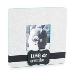With so many types of paper to choose from, découpaging a frame to coordinate with a color scheme in your home, or a special photograph, is easy!