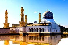 gambar-masjid-indah-di-dunia-555x370