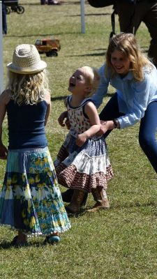 Lady Louise Windsor playing with cousins Savannah and Isla Phillips at Royal Windsor Horse Show. 5/16/15