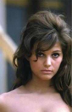Claudia Cardinale - Page 14