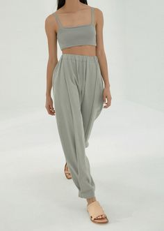 Charlie Lee, Chill Style, Balloon Pants, Blue Balloons, Linen Pants, Warm Weather, Active Wear, Harem Pants, Latest Technology