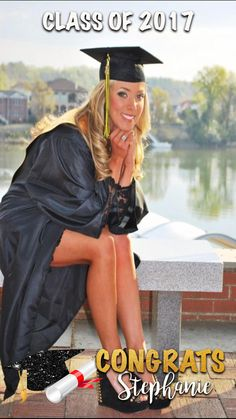 Beautiful Graduation Cap and Gown Pictures Ideas Compilation College Senior Pictures, College Graduation Pictures, Graduation Picture Poses, Graduation Portraits, Graduation Photography, Graduation Photoshoot, Girl Senior Pictures, Grad Pics, Graduation Ideas