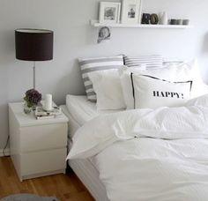 Minimalist Apartment Decor - Modern and Luxury Ideas - Bedroom Decor ideas Decor Room, Bedroom Decor, Home Decor, Bedroom Ideas, Cozy Bedroom, Bedroom Rustic, Ikea Decor, Bedroom Pictures, Scandinavian Bedroom