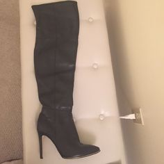 Black over the knee leather guess boots Black over the knee leather guess boots Guess Shoes Over the Knee Boots