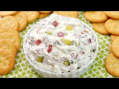 The classic Dill Pickle Wraps you love - in an easier to make, but just as delicious dip! With only 4 ingredients and less than 10 minutes to make, this. Appetizer Dips, Yummy Appetizers, Appetizers For Party, Party Dips, Party Snacks, Snack Mix Recipes, Cooking Recipes, Dip Recipes