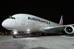Por hora, a Air France não pretende usar o A380 em rotas para o Brasil (Airbus)