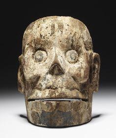 Mascara azteca de madera