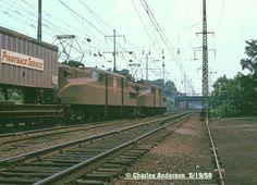http://www.trainweb.org/railpix/miscpix/PRR-GG1a-5-19-58.jpg